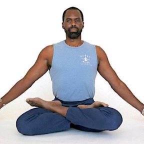 black-man-yoga